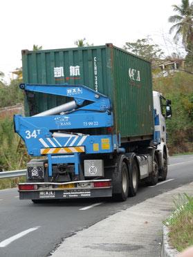 Arrivée du conteneur de déménagement France-Réunion -avec Long-Cours