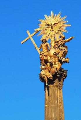 die goldene Dreifaltigkeits-Säule