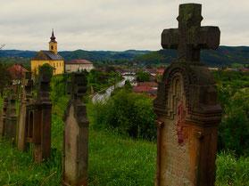 jeder Grabstein hatte Blickkontakt zur Kirche