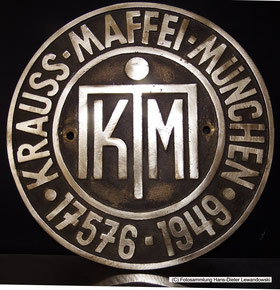 Nachguss des Herstellerplakette der Krauss Maffei Dampflok, Fabrik-Nr. 17576, Saarbergwerke Lok 37