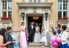 #brautkleid  #love #brautstrauss #flowers #weddingdress #braut #hochzeit   #instawedding #instagood  #liebe #photography #hochzeitskleid #berlin #Brandenburg #love #weddingclip , #falkensee  #standesamt