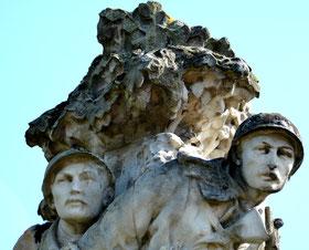 Détail du monument: les Patrouilleurs