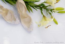 Кружевные туфли на сеточке со стразами Swarovski