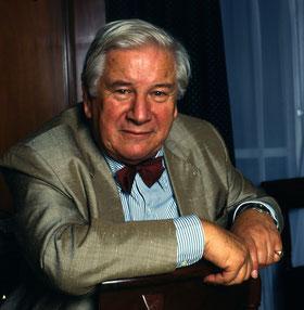 Sir Peter Ustinov (C) Allan Warren