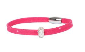 Trachten Armband aus Stoff der Kollektion Morgentau, einmal gewickelt in Pink.
