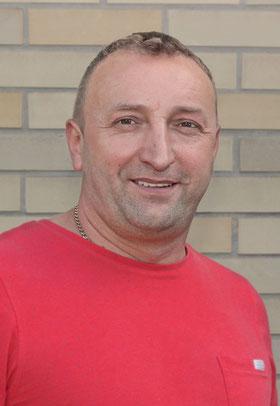 Zvonimir Kovacevic, guter Handwerker aus Frankfurt, günstiger Umbau, Renovierung, Sanierung in FFM, Oberursel, Königstein, Rüsselsheim, Kelkheim, Offenbach, Bad Homburg