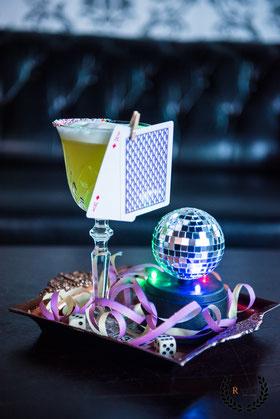 Recipe Bar, Event-Location, Eventlocation, Location mieten, Hochzeitsparty, Hochzeitsfeier-Location, Hochzeit feiern, ffm, Frankfurt Party, Cocktailbar, Geburtstagsgruppe, Geburtstag feiern, Event-Location, Geburtstag feiern
