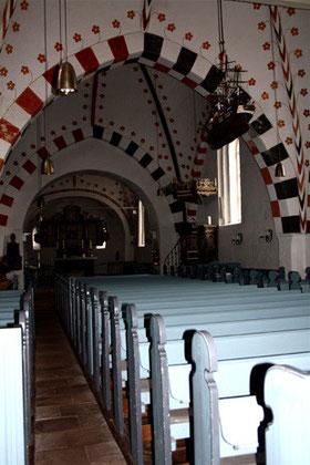 Mittelschiff der St. Nicolai-Kirche, Friedhof Boldixum (OT Wyk) auf Föhr