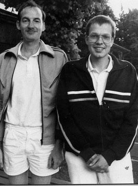 Sven Kalus (Cuxhaven) und Peter Nowsky vom SV Siegfried Braunschweig spielten die ersten 18er-Runden auf der neuen Anlage.