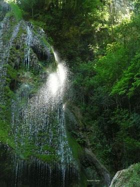 En Vallée de la Dordogne, à 40 minutes de Collonges-la-Rouge, les cascades d'Autoire, Plus Beau Village de France