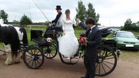 Hochzeitskutsche in Ribnitz Damgarten; Hochzeitskutsche im Freilichtmuseum Klockenhagen