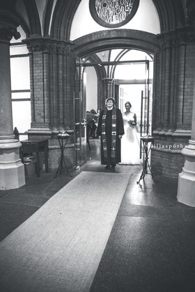 St. Gertrud Kirche Hamburg, Hochzeit, Braut, liliaspoerhase, Fotografie, Lilia Spörhase