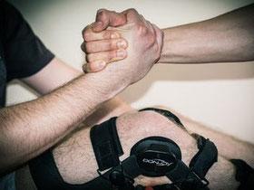 Rehabilitacja po złamaniu, rehabilitacja po skręceniu. Rehabilitacja po operacji kolana, biodra, stawu skokowego, barku. Kolano skoczka.