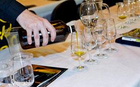 写真は昨年の World Olive Oil Exhibition ワールド・オリーブオイル・エキシビジョンの様子 (www.diariodegastronomia.com)