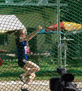 Mit gleich 7 Metern Vorsprung holte Ann-Kathrin Pennekamp ihren ersten NRW-Titel im Hammerwurf der U18. (Archivfoto)