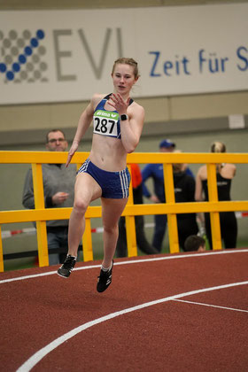 Neue persönliche Bestzeit, DM-Norm und die Silbermedaille sicherte sich Nike Dangelmaier in 58,52 Sekunden im 400-m-Lauf der  U20.