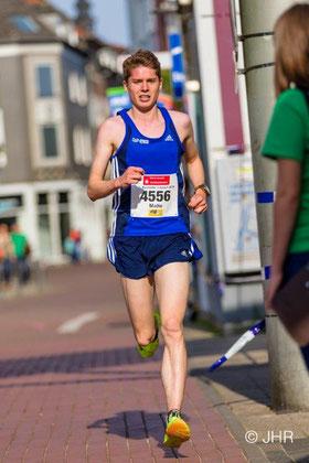 Malte Stockhausen (hier beim Bocholter Citylauf 2016) reist unmittelbar aus den Vereinigten Staaten zum Bocholter Citylauf an. (Archivfoto: Jan-Hendrik Ridder)