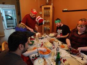 Weihnachten mit Truthahn und Familie