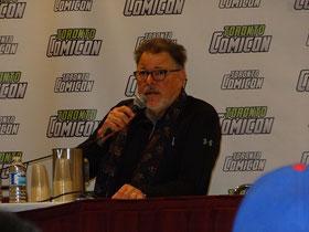 """Star Trek auf der Comicon: Fragestunde mit Jonathan Frakes (""""Commander Riker"""" aus Raumschiff Enterprise)."""