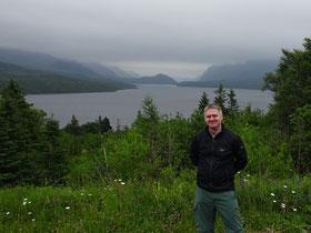 Unterwegs im Gros Morne National Park: Blick auf den Trout River Pond.