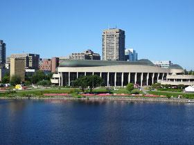 Urlaub in Ottawa: Blick auf das Canadian Museum of History in Gatineau.