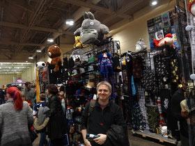 Toronto Comicon 2016: Plüschtiere, Spielzeug, Kleidung.