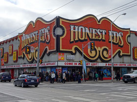 Honest Eds: Torontos Billig-Kaufhaus an Bloor & Bathurst.