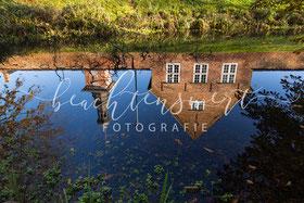 beachtenswert fotografie, Schloss Husum, Husumer Schloss, Schlossgraben, Husum, Spiegelung, Fotokunst