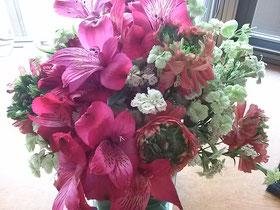 大阪兵庫で家事代行サービスのお掃除上手で快適な暮らしをご提案お花