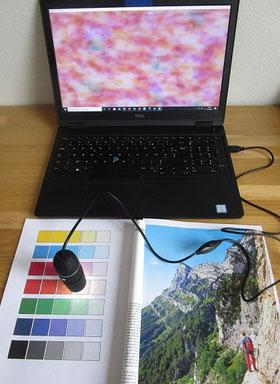Matériel pour l'exploration d'impressions avec microscope USB