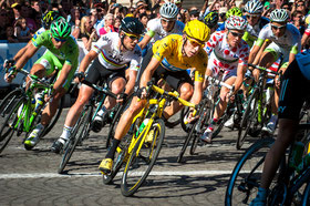 By Josh Hallett from Winter Haven, FL, USA (Bradley Wiggins - 2012 Tour de France) [CC BY-SA 2.0 (http://creativecommons.org/licenses/by-sa/2.0)], via Wikimedia Commons