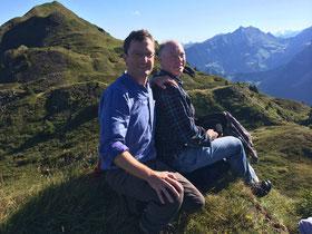 Rast auf dem Weg vom Storeggpass Richtung Arvigrat (mit meinem Bruder Werner)