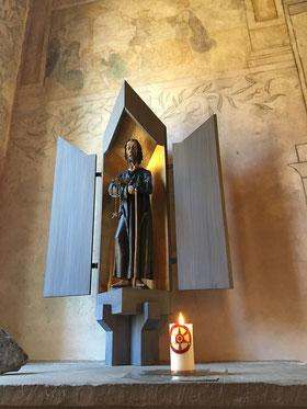 Statue von Bruder Klaus in der unteren Ranftkapelle