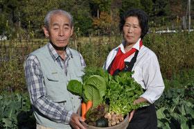 西田俊一と西田幸恵は夫婦とも野菜のソムリエです。