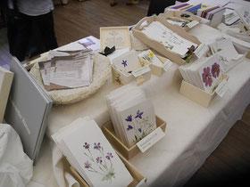 Die Blütenbillets stammen aus dem Waldviertler Familienbetrieb - aus der Papiermühle Mörzinger