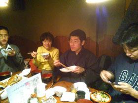 体験会後に、皆さんで懇親会( ´ ▽ ` )ノ 毎回楽しいですねぇε-(´∀`; )