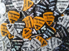 puas personalizadas, puas guitarra, puas customizadas, puas guitarra personalizadas, puas con logo, merchandising