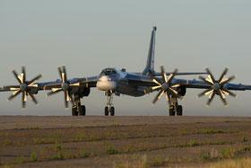 // wikimedia: GFDL :Tupolev Tu-95 Marina.jpg