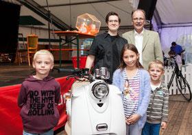 Judith Schröder gewann den Hauptpreis: einen Motorroller