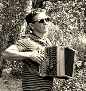 Philippe GARONNE : Accordéon, flûte, voix