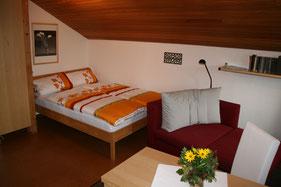 Gemütliches Gästezimmer mit eigenem Bad, in familiärer Atmosphäre in Bad Honnef.