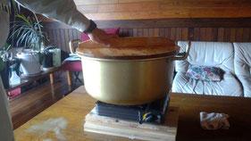 この鍋の大きさ伝わるかな~