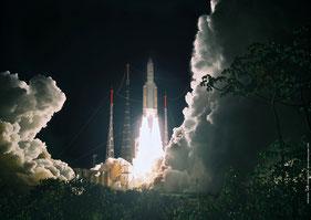 Start der Ariane-5 (Quelle: Arianespace/ ESA/ CNES/ CSG)