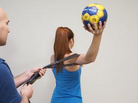Bild: Physio Campus Sursee. Sportphysiotherapie im Handball