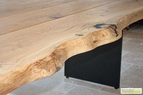 Tischplatte Eiche Massivholz mit Naturkante.