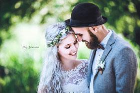 Verlobungsshooting eines jungen Paars
