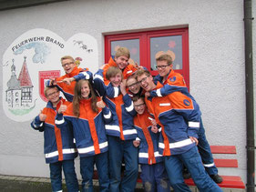 Hier ein Großteil der Jugendgruppe nach einem erfolgreichen Wissenstest 2014.