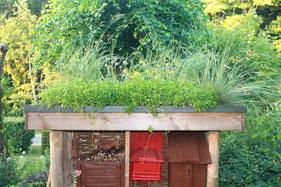 Insektenhotel Offener Garten