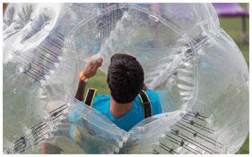 burbuja boomper de bubble futbol en Cadiz