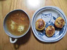 エソ団子のトマトの肉詰めとトマトスープ